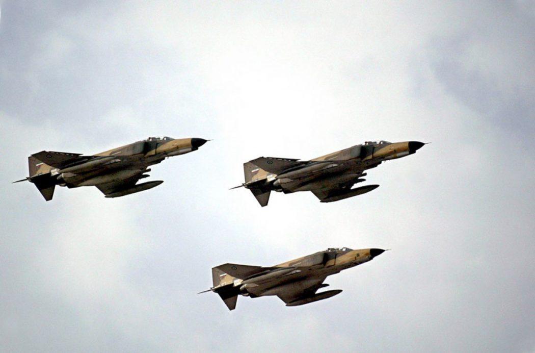 آغاز هفته دفاع مقدس – تمرین مشترک نیروی هوایی ارتش و سپاه در خلیج فارس