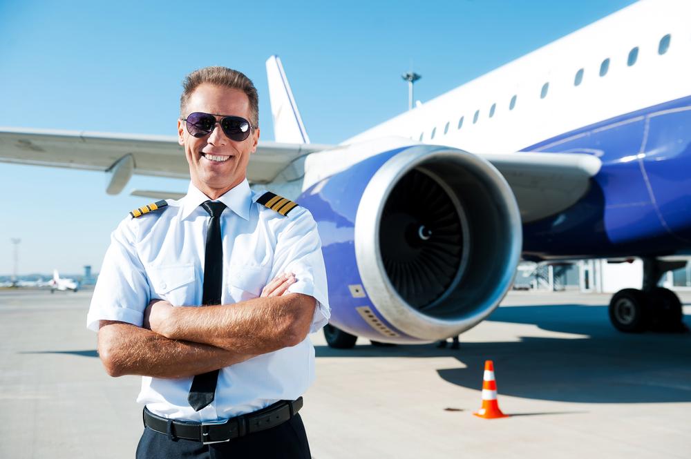 سن بازنشستگی خلبانان - اجازه پروازهای مسافربری و حمل بار تا 65 سالگی