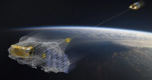 جمعآوری زبالههای فضایی توسط ماهواره انگلیسی برای اولین بار