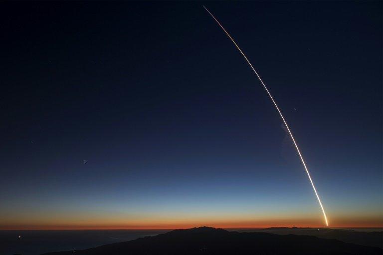 پرتاب ۶۴ ماهواره به طور همزمان توسط اسپیس ایکس