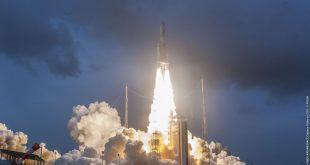 شرکت آریان اسپیس برای عربستان و هند ماهواره به فضا ارسال کرد