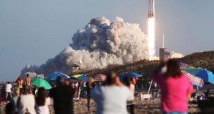 اسپیس ایکس خود را برای سومین پرتاب موشک کلاس سنگین فالکون آماده میکند