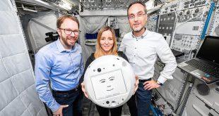 """کمک ربات فضایی """"سایمون"""" به فضانوردان """"ایستگاه فضایی بینالمللی"""""""